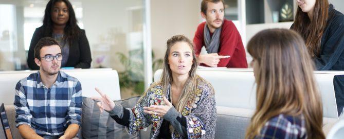 Études en alternance: avantages et inconvénients?