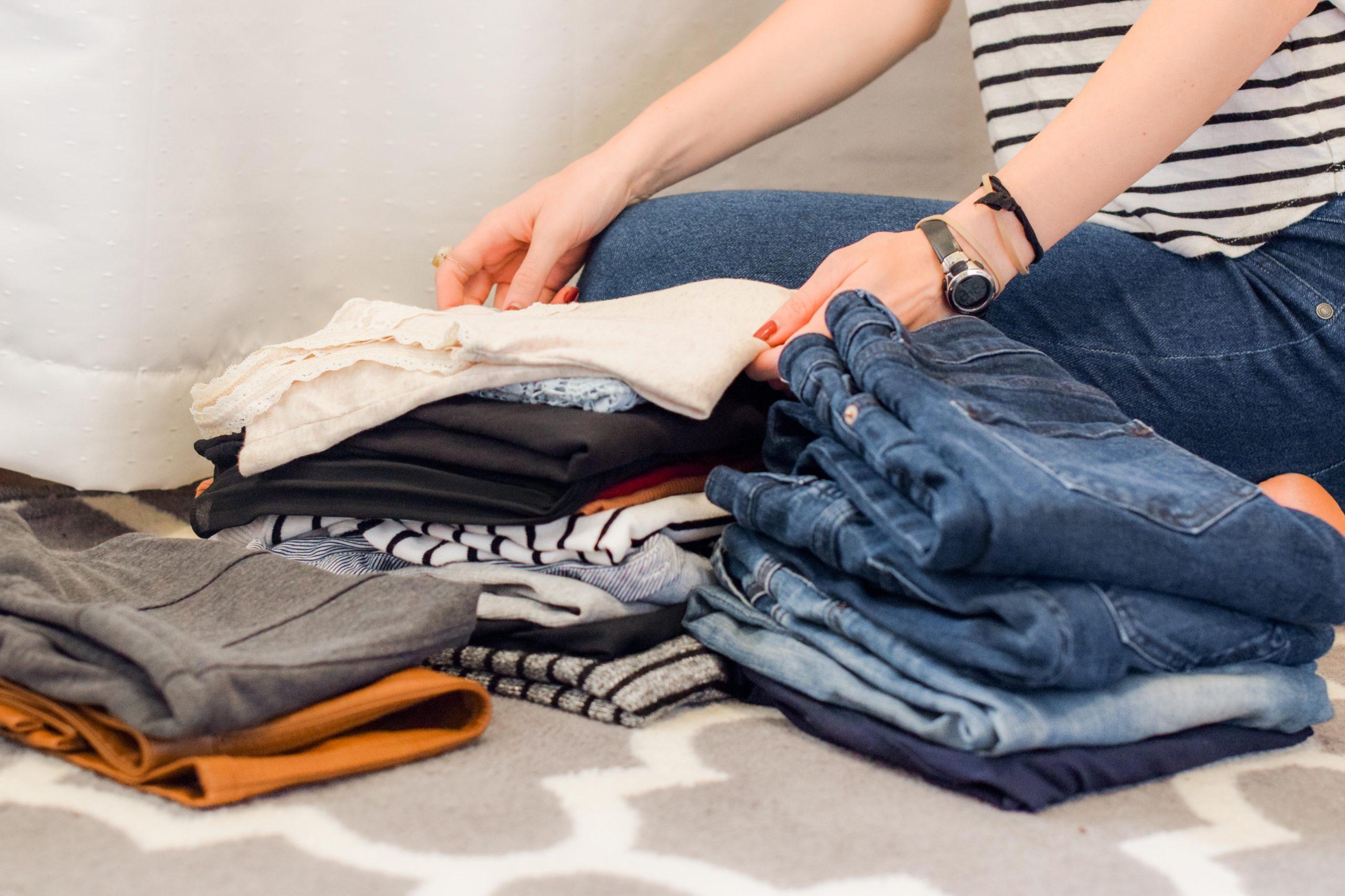 les vêtements et le fast fashion